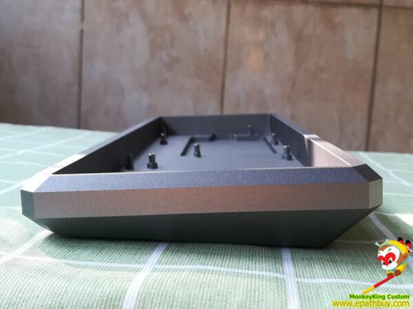 GK68XS aluminum keyboard case side